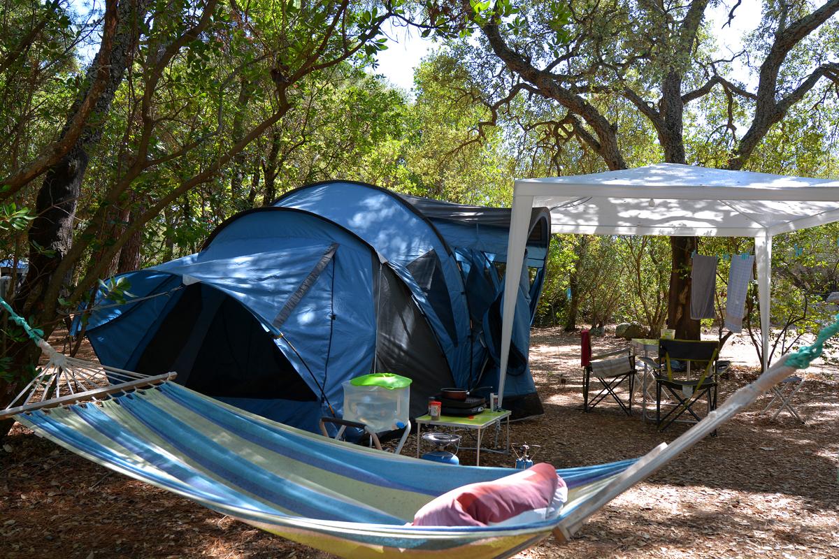 lauschiger campingplatz korsika